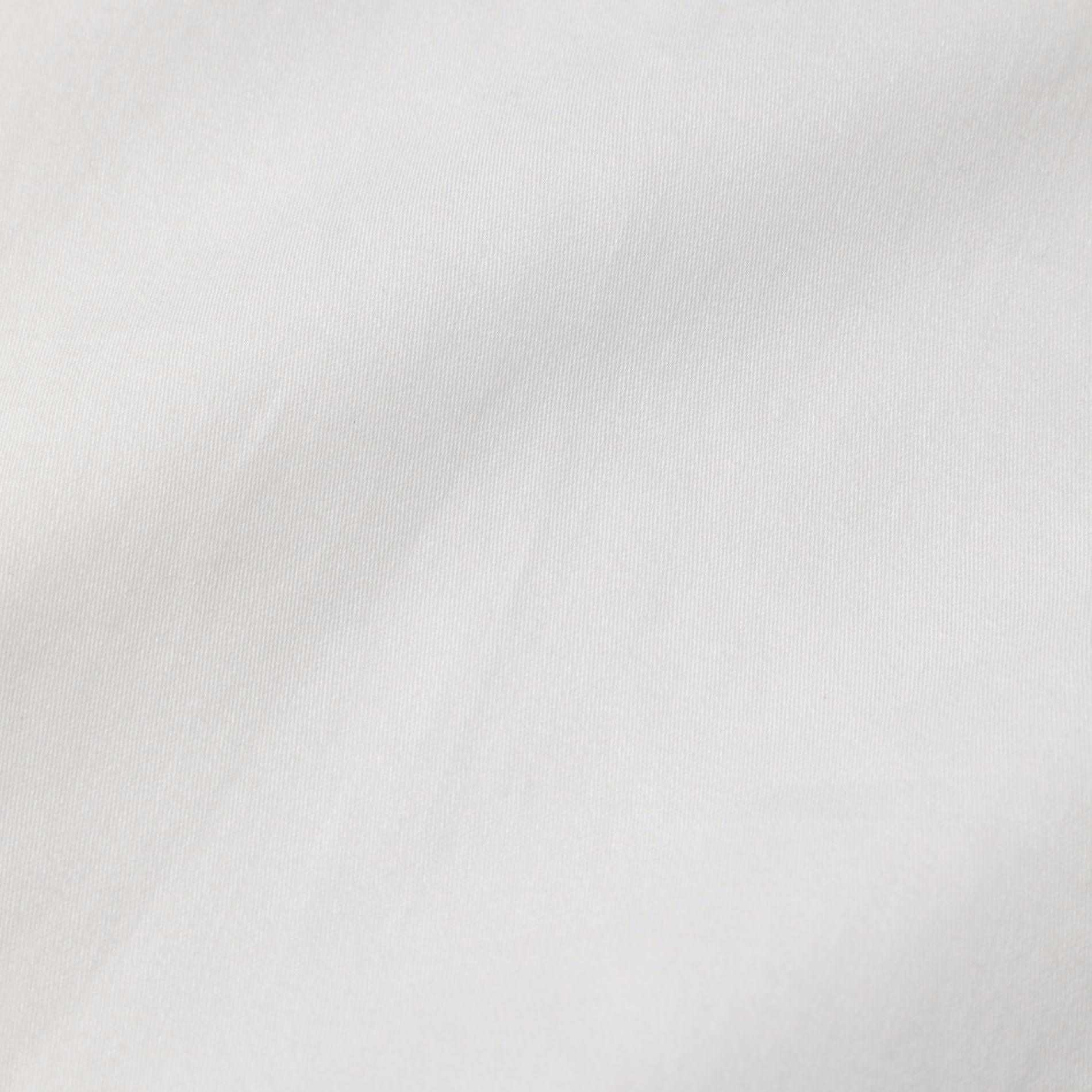 フリルトリミングカラーブラウス