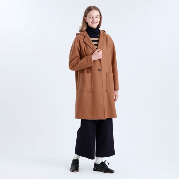 メルトンフーデッドコート