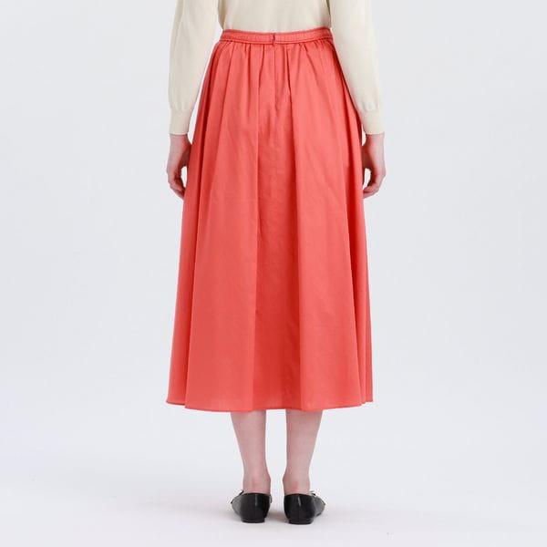 ボリュームサテンスカート